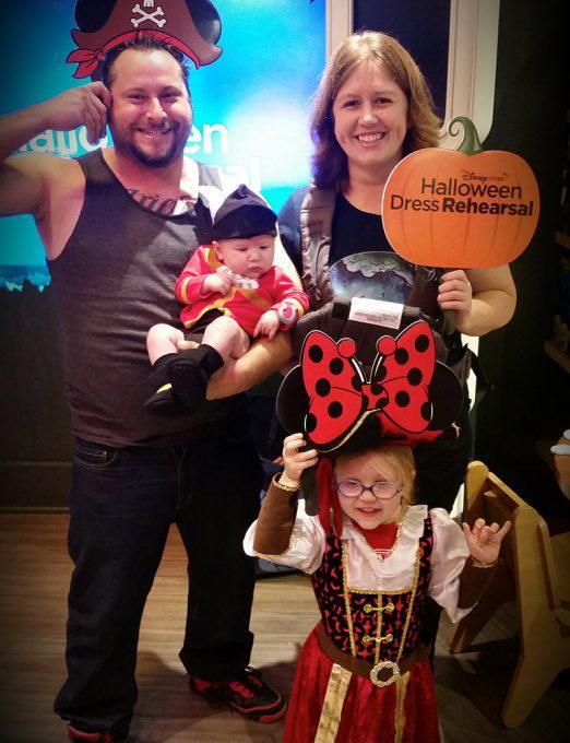 Disney Cardmember Family Halloween