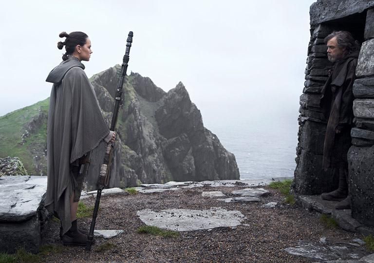Luke Skywalker and Rey Star Wars the Last Jedi Screen Shot