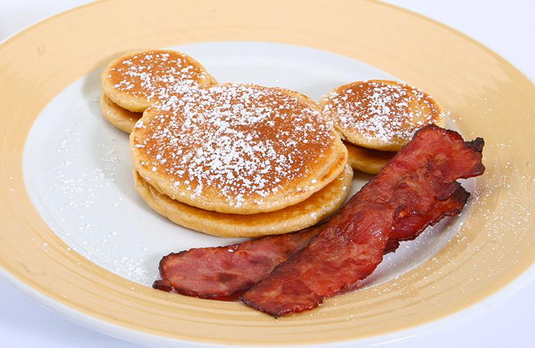 Mickey Pancakes with Bacon