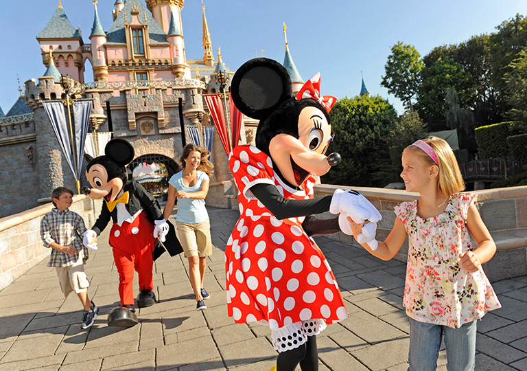 Minnie with girl
