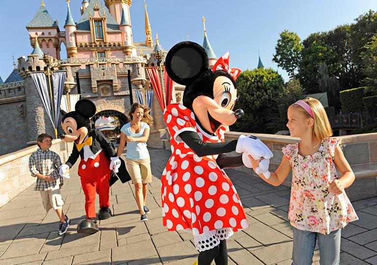 Minnie with girl