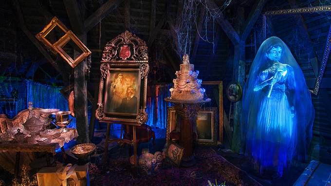 Disneyland Haunted Mansion Halloween