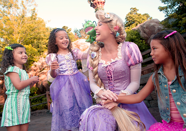 Girls with princess Rapunzel from Tangled