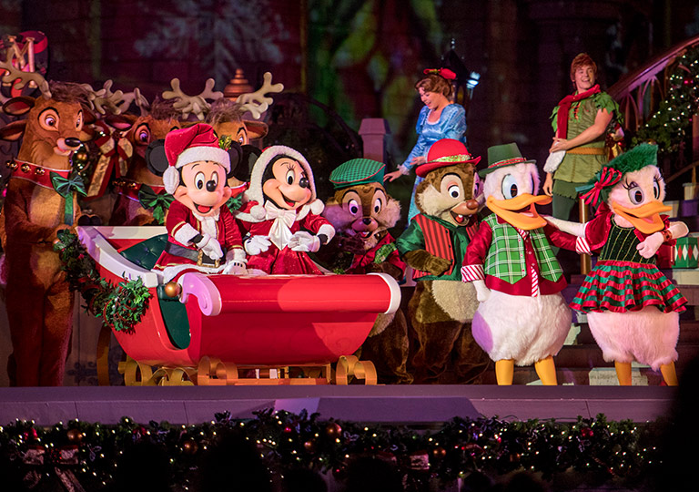 Mickey and Minnie costumes Most Merriest Celebration show