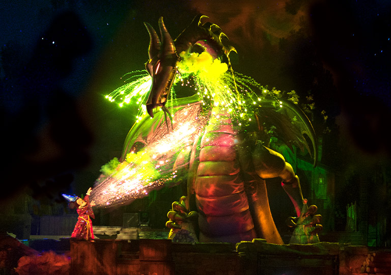 Fantasmic! Mickey and Meleficent