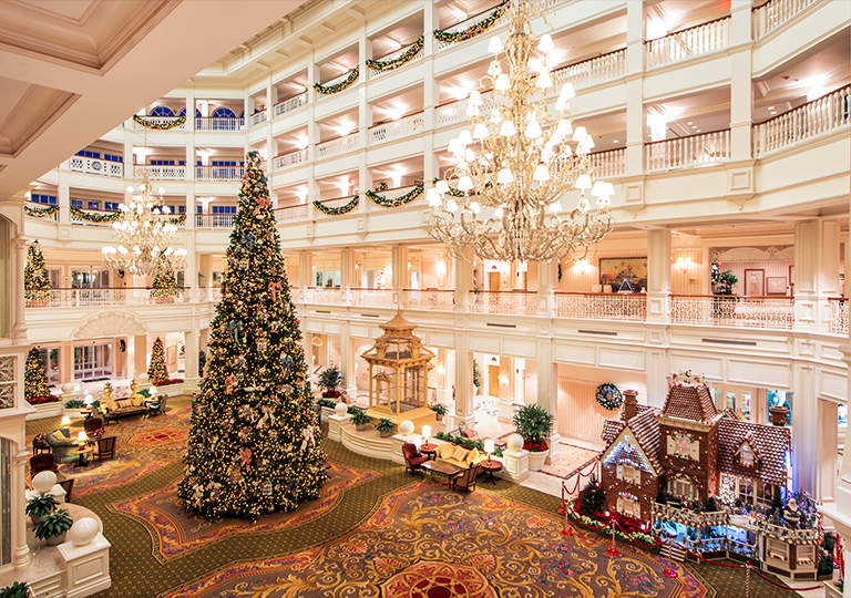 Disney Holiday Grande Floridian Hotel Decorations